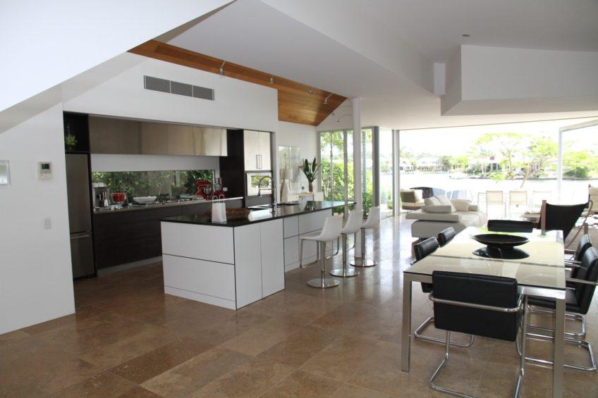 Home Staging: Chic Kitchen Décor