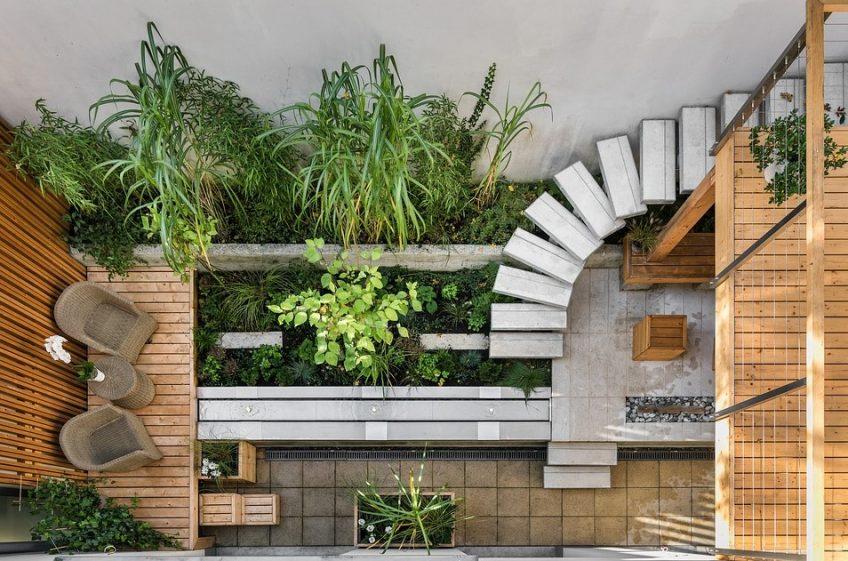 Maintaining Outdoor Timber Decking